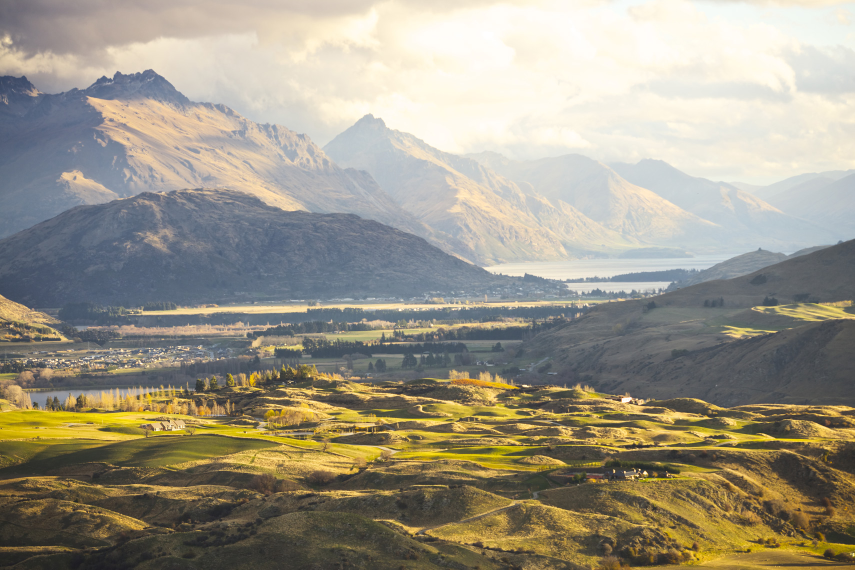View from ridge Arrowtown, New Zealand/Steve Mason Photography